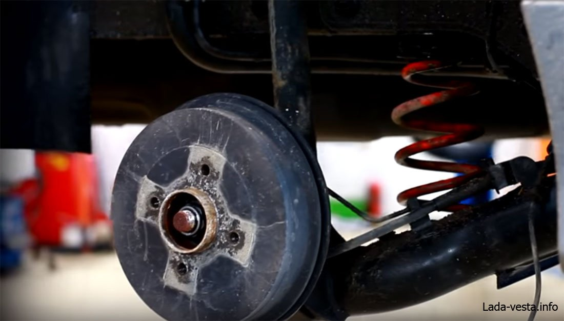 Задние дисковые тормоза Лада Веста